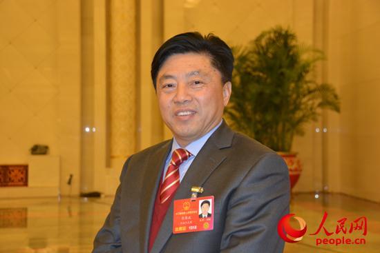 河南:以人性化政策稳住基层人才