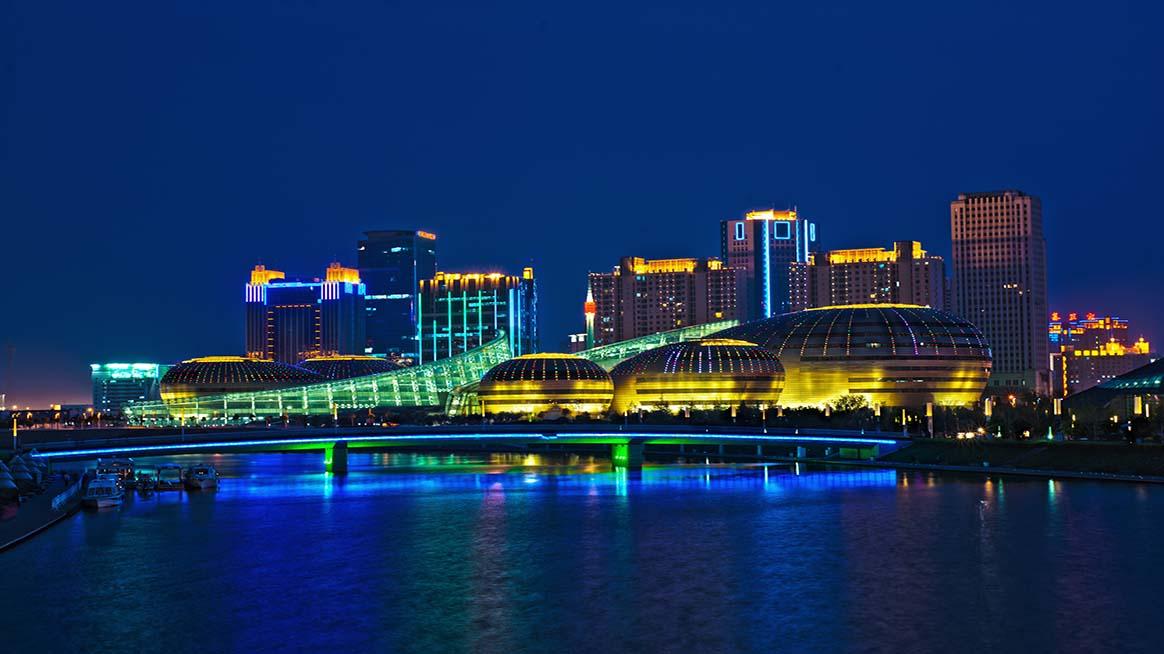 郑州:艺术中心夜景