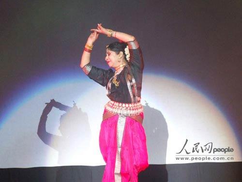 歌舞:天竺组图之夜平遥古城里的印度风情女生没兴趣图片
